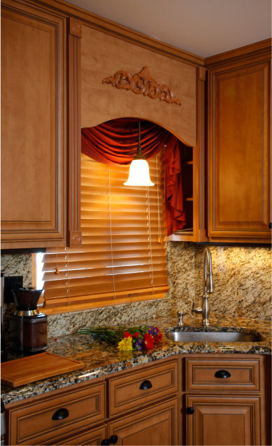 Under Cabinet Light And Over Sink Cabinets