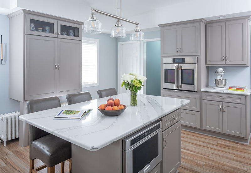 Open_Kitchen_with_Large_Island