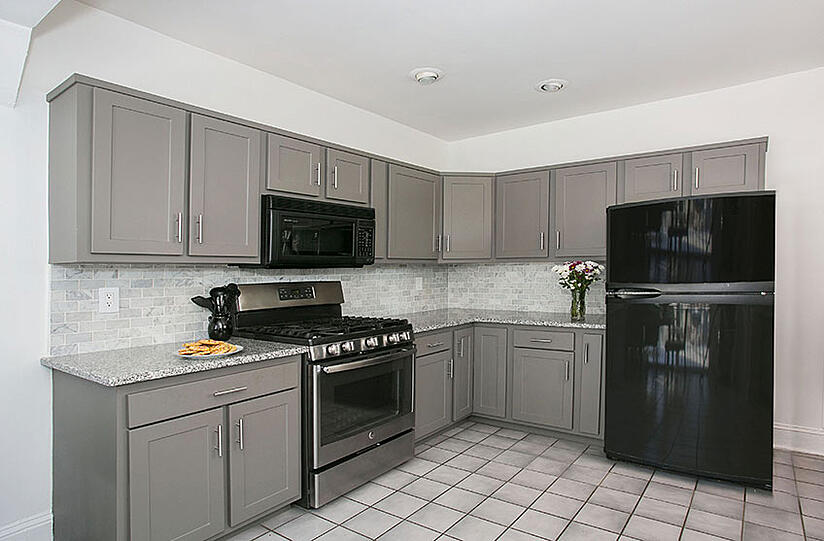 Kitchen Remodel with Gray Shaker Cabinets