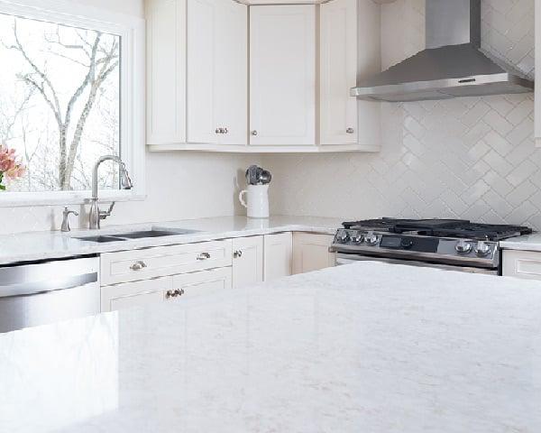 luxury countertops - Delaware Kitchen Cabinets