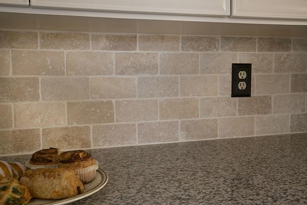 Tumbled Marble Tile Kitchen Backsplash