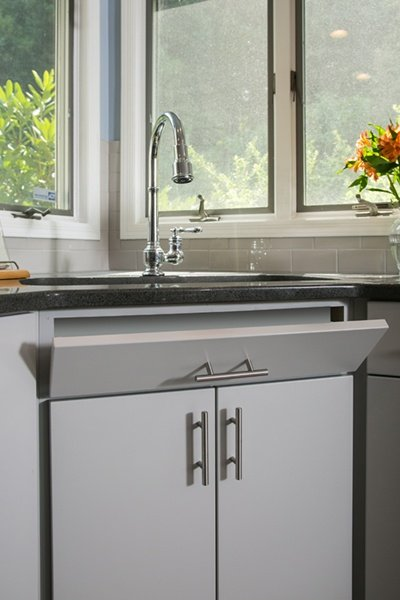 Stainless Steel Accents Coordinate with Stainless Appliances