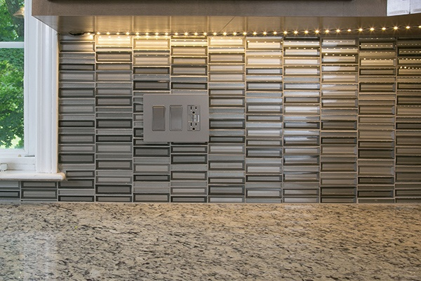 Stacked Glass Backsplash from the Crystal Springs Collection