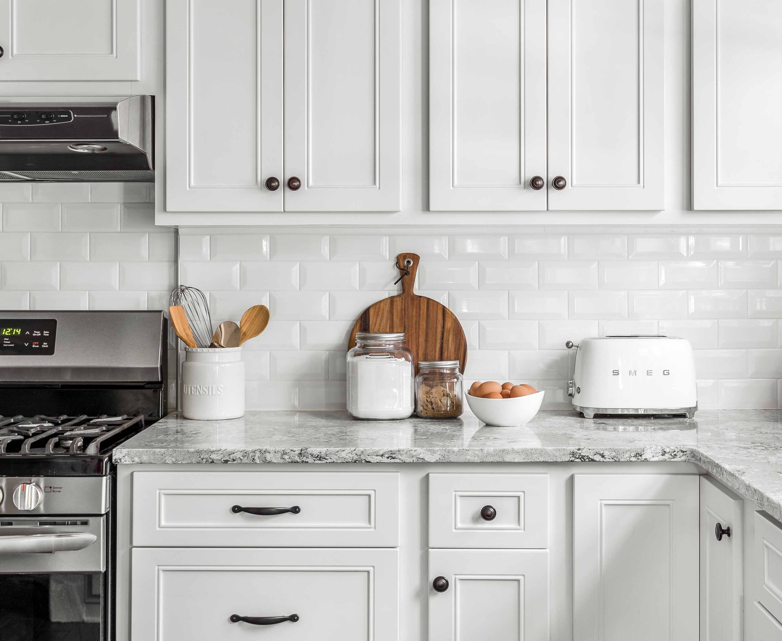 Brighten Up How To Coordinate Your Kitchen With White Cabinets