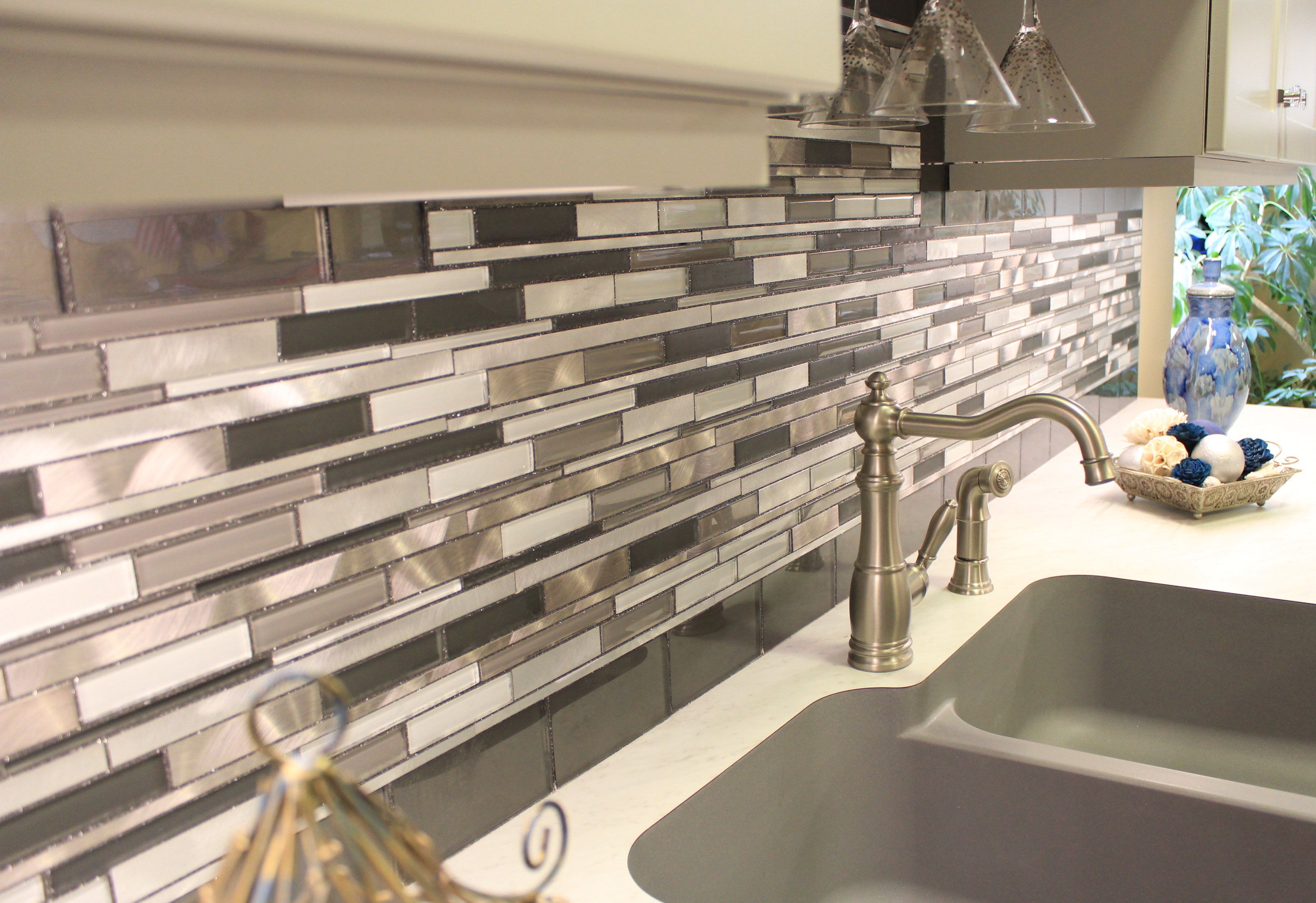 - The Ultimate Guide To Backsplash Materials: Glass Vs Ceramic Vs Marble