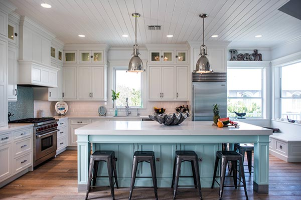 The Best Kitchen Colors & Designs for Resale Value