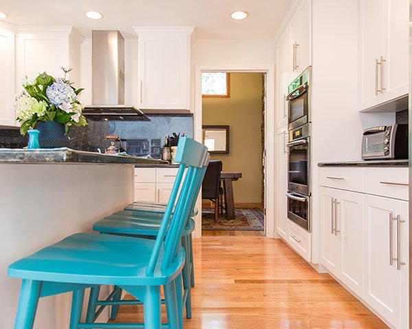 Pros Cons Of Hardwood Flooring In The