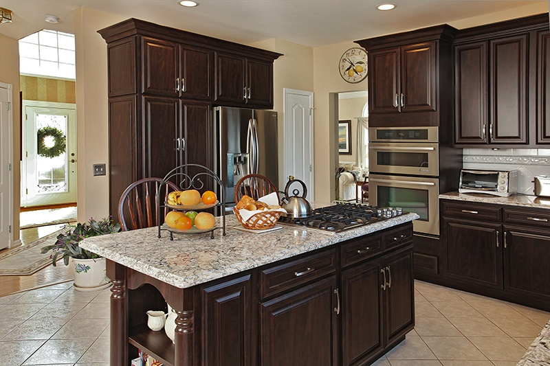 Chocolate Pear Kitchen is a Perfect Example of Transitional Kitchen