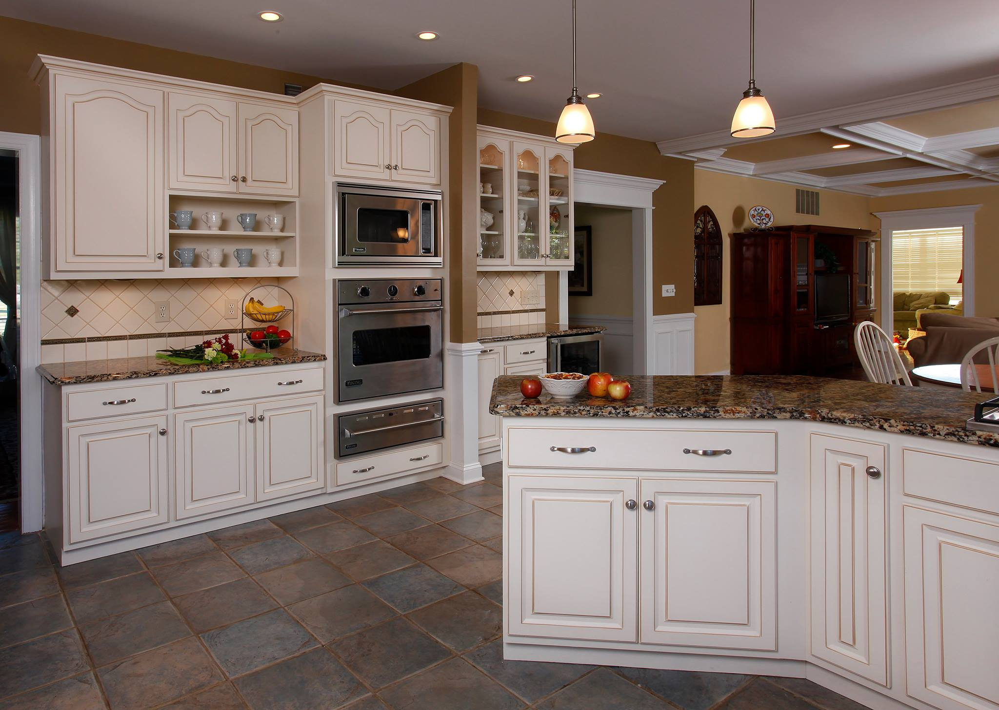 Why winter white cabinets are so popular for Popular cabinet colors